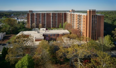 Mount Vernon Towers: Central and Safe in Sandy Springs